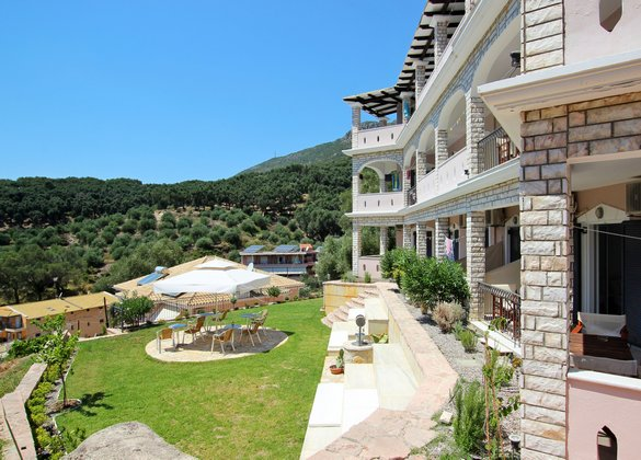 About La Scala Apartments Greece